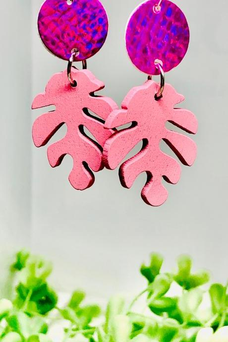 Faux Leather Circle Dangle Earrings, Wooden Leaf Bead, Circle, Lightweight, Hot Pink, Light Pink, Easy to Wear
