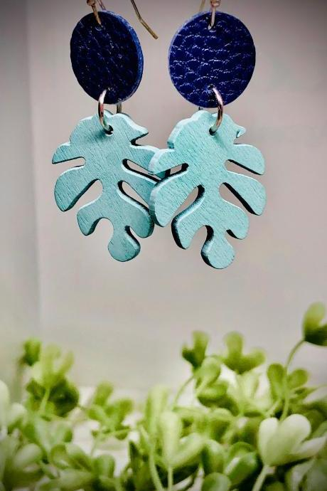 Faux Leather Circle Dangle Earrings, Wooden Leaf Bead, Circle, Lightweight, Navy Blue, Light Blue, Easy to Wear